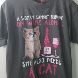 Cat tshirt wine size medium